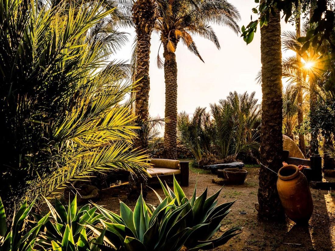 La splendida villa di Fabrizio Ferri in vendita a Pantelleria