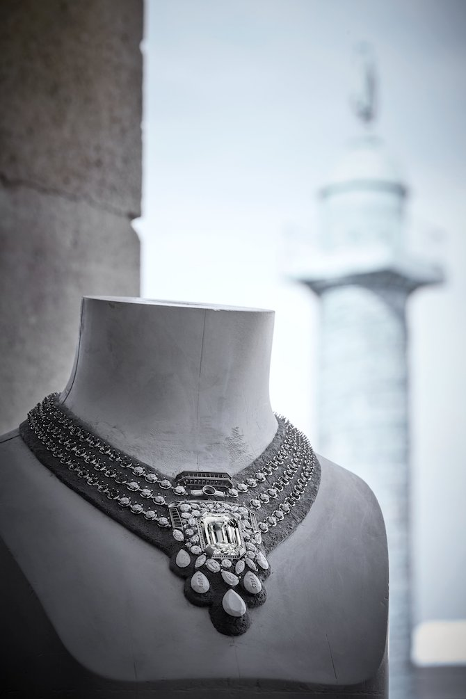 CHANEL High Jewelry, Collection N°5, la collana 55.5