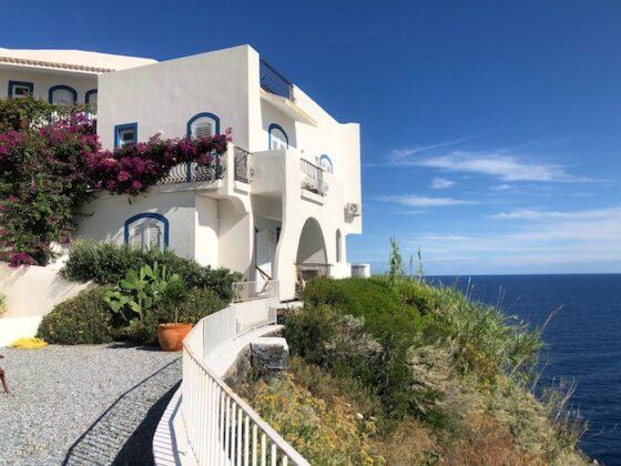 Salina, Hotel Punta Scario, un soggiorno alle Eolie