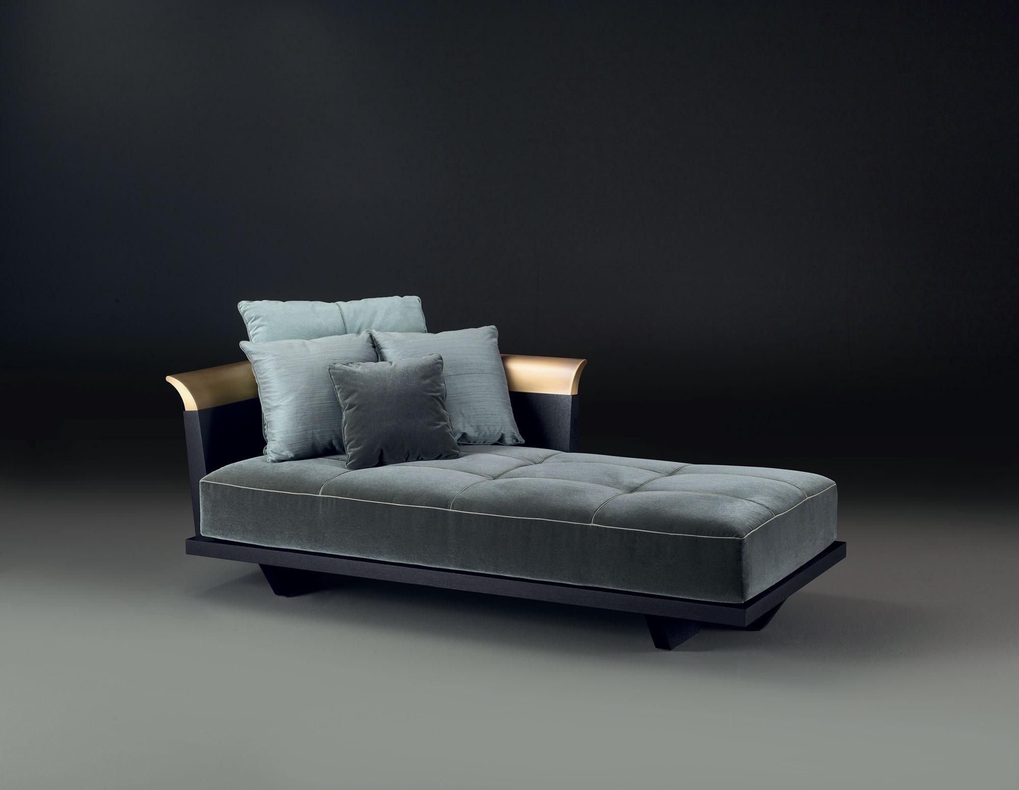 Komodo, chaise longue; design by Romeo Sozzi – Photo Credit: Promemoria