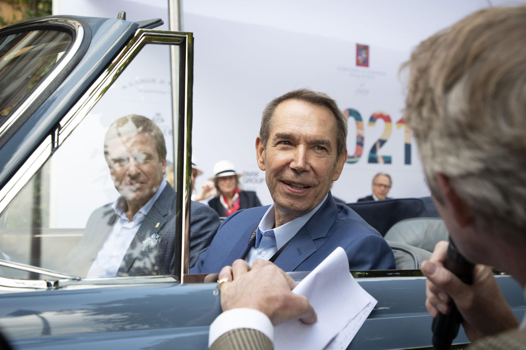 modello di Rolls-Royce Boat Tail svelato sabato 2 ottobre e l'artista americano Jeff Koons ospite d'onore di questa edizione